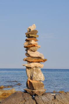 Steintürmchen in Kroatien