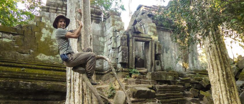 Alfred Zenz Jun. im Dschungeltempel Beng Mealea nördlich von Angkor, Kambodscha